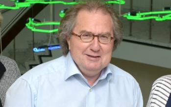 Wethouder Huub Wiermans praat met Roger over Kerkrade