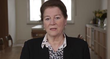 Burgemeester van Maastricht, Annemarie Penn-te Strake, spreekt Zuid-Limburgers toe