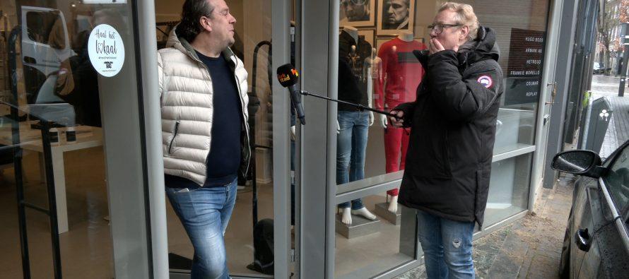 Smullen met Wim 156   Aan de deur verkopen